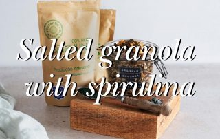 Spirulina with Granola recipe