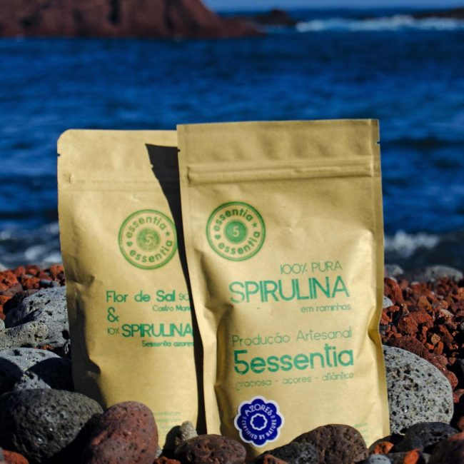 Superfood spirulina package